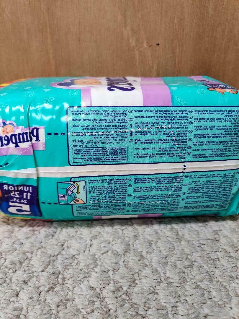 Vintage Plastic Pampers Diapers EURO - Size ct