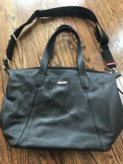 Storksak Noa Diaper / Baby Bag in Black Pebbled Leather - Cr